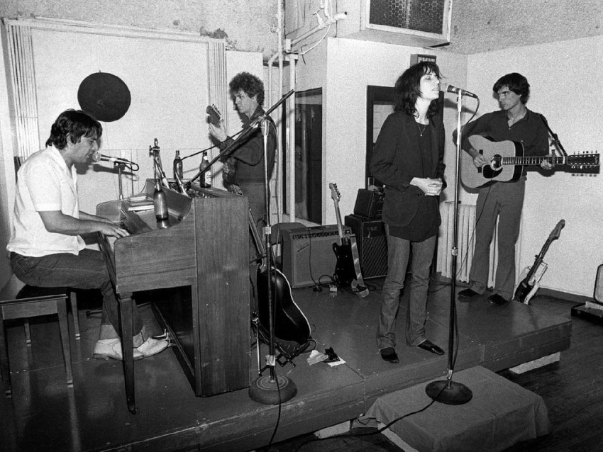 Lou Reed, John Cale, Patti Smith, & David Byrne, NYC 1976 | Foto oleh Bob Gruen
