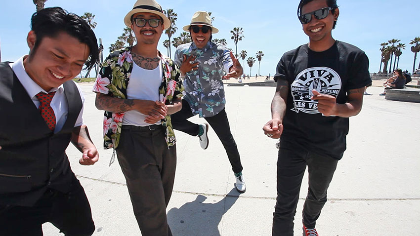 Stompin' at Venice Beach. | Photo: Erick Est.